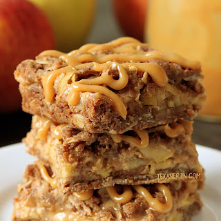 Dulce de Leche Apple Streusel Bars
