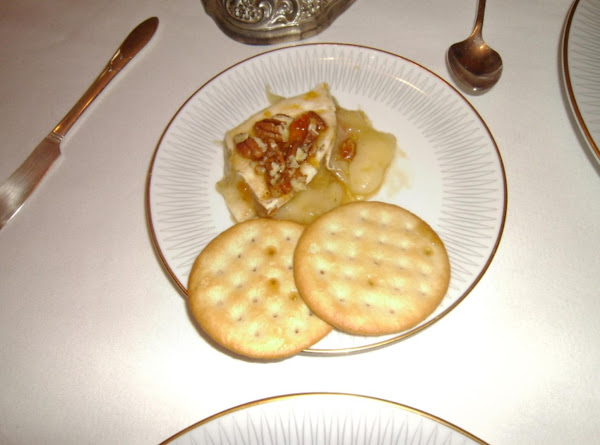 Cousin Rhonda's Baked Brie Recipe
