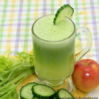 Cucumber Apple Ginger Juice.