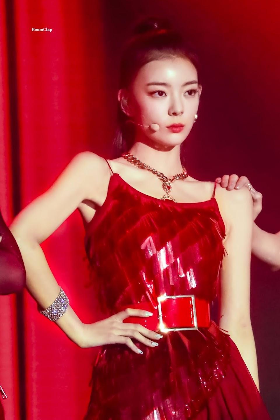 lia dress 1