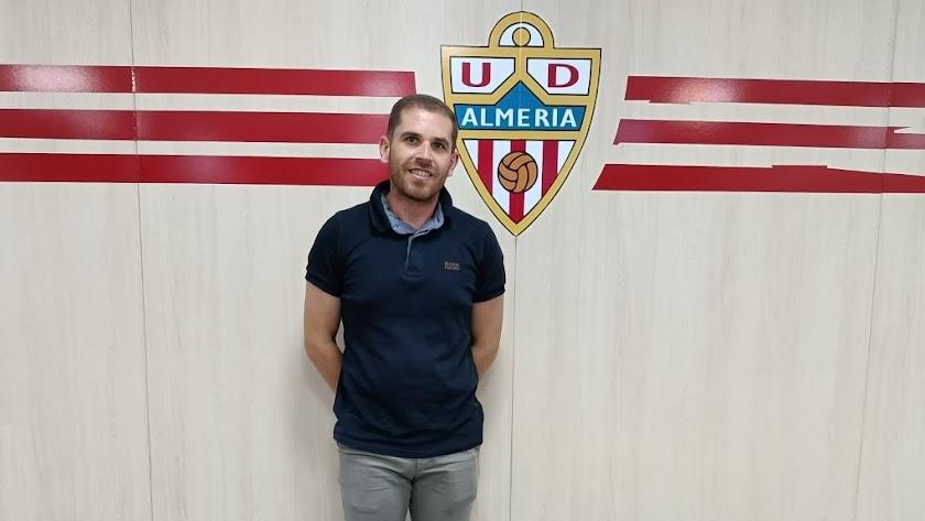 Juan Carlos Marín sigue cumpliendo temporadas en el Almería.