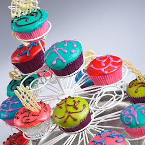 Cup cakes by Derek Smith - Food & Drink Cooking & Baking