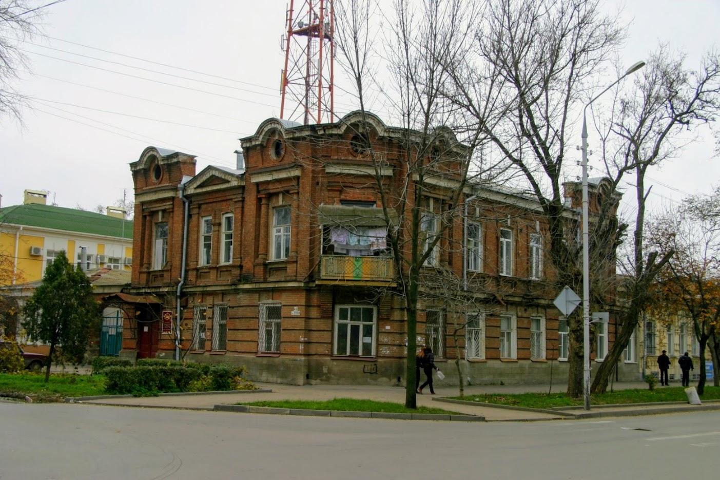 https://sites.google.com/site/istoriceskijtaganrog/cehova-ulica/dom-68