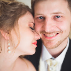 Wedding photographer Vladimir Pentegov (Montekris). Photo of 27.05.2015