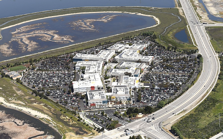 An aerial photo of the Facebook campus in Menlo Park, California. SA can learn much from the US in the way it finances start-up companies, the writer says. Picture. REUTERS/NOAH BERGER