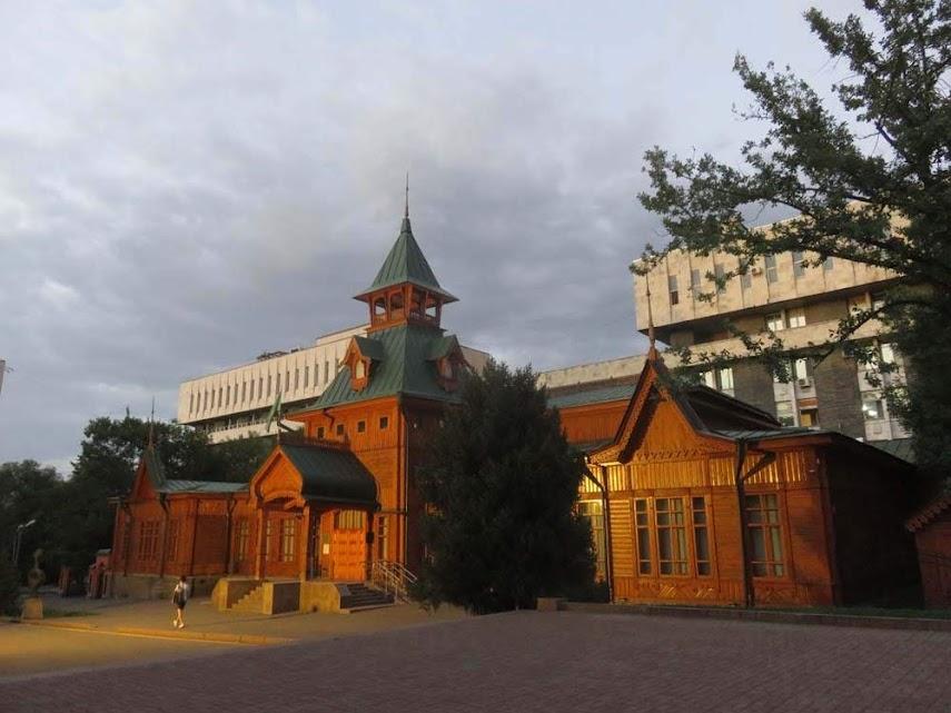 Dia 36 - O Homer Simpson toma conta da Burra em Almaty, no Cazaquistão 🇰🇿 | Crónicas do Rally Mongol