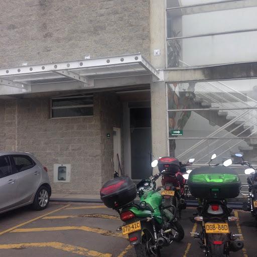 OFICINAS EN ARRIENDO - COTA
