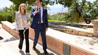 Patricia del Pozo y Ramón Fernández-Pacheco durante su visita a la Alcazaba hace unos días