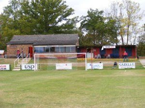 Photo: 03/10/09 v Witney United (HLP) 2-2 - contributed by Stephen Gray