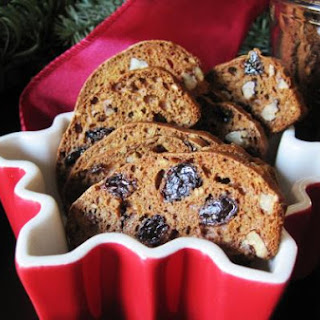 Pecan Cinnamon Raisin Crisps