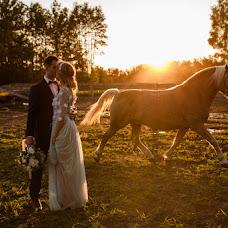 Wedding photographer Łukasz Łukawski (lukaszleon). Photo of 17.08.2017