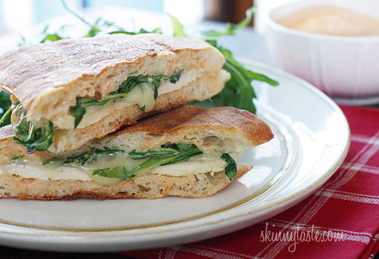 Chicken Panini with Arugula, Provolone and Chipotle Mayo Recept ...