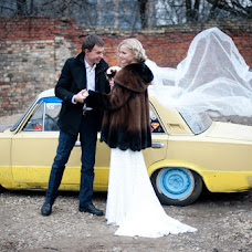 Wedding photographer Polina Kapelyush (chemdroppy). Photo of 15.03.2013
