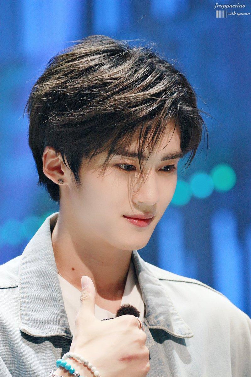 male kpop idol visuals y1