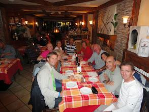 Photo: Diner samedi soir dans un bon restaurant avec un excellent service -- pour récompenser la performance de toute le groupe !