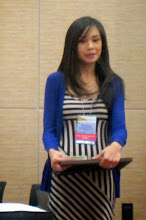 Photo: Wei Perng, PhD, MPH, APIC Student Representative Presents the Best Student Abstract Award