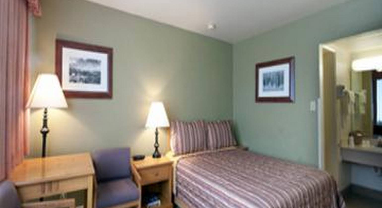 BEST WESTERN PONY SOLDIER INN AND SUITES