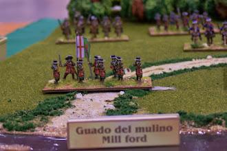 Photo: I dragoni di Liam O'Neill difendono il guado del mulino (miniature Donnington, materiale scenico autocostruito)
