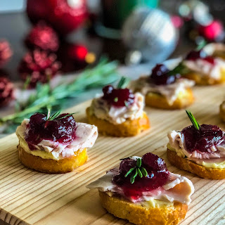 Turkey Cranberry Crostini.