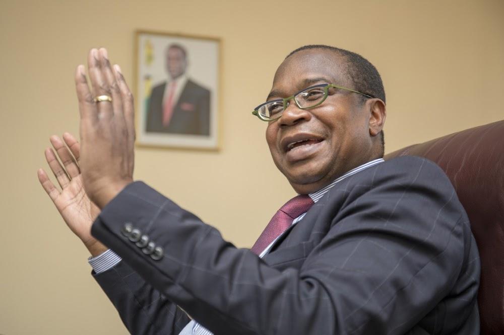 IMF waarsku Zimbabwe teen verhoogde lone van staatswerker