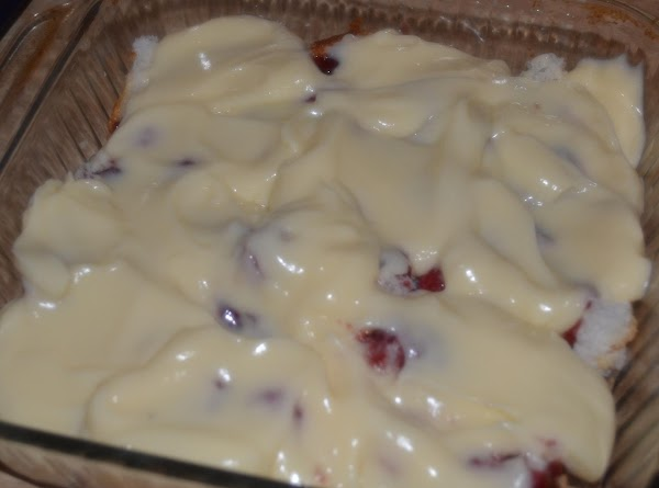 Spread pudding evenly over all.