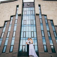 Svatební fotograf Vladimir Kondratev (wild). Fotografie z 11.12.2015