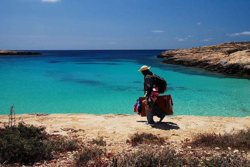 Estate...e clandestini a Lampedusa di BASTET-Clara