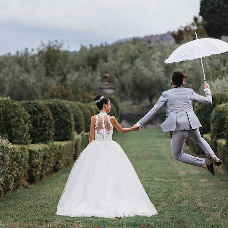 Wedding photographer Mirko Turatti (spbstudio). Photo of 07.12.2017