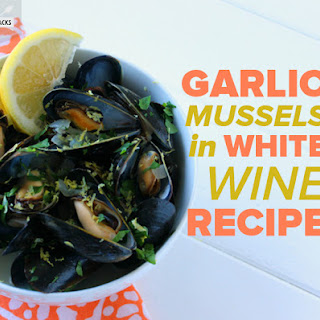 Garlic Mussels in White Wine Sauce