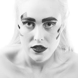 by Gunnar Sigurjónsson - Black & White Portraits & People