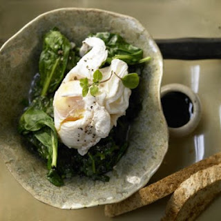 Poached Eggs on Spinach