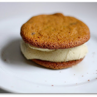 Yacon-sweetened Cookies With Eggnog Ice Cream