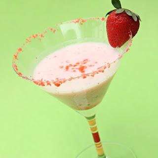 Party Fun – Strawberry PopRockTini.