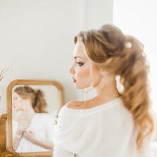Wedding photographer Yuliya Zhnyakina (juliez). Photo of 12.12.2014