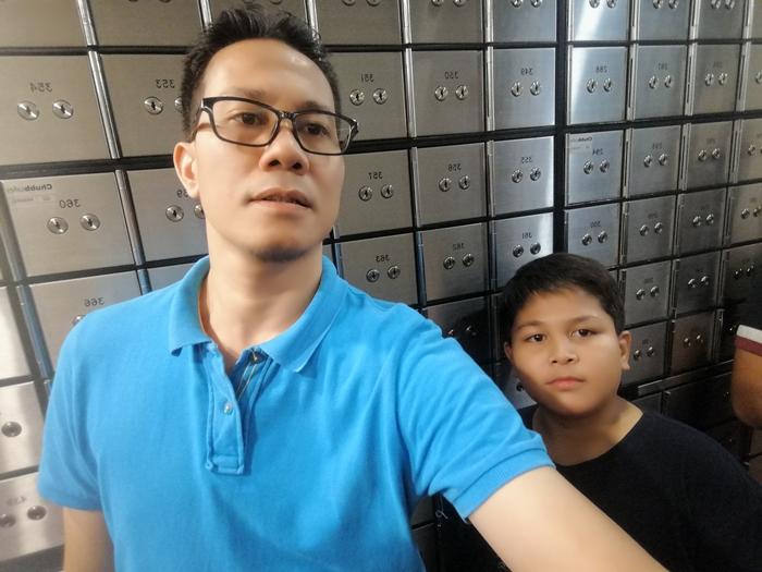 Selfie bersama abang koning di Public Safe