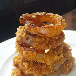 Low Carb Onion Rings with Pork Rind Breading Recipe