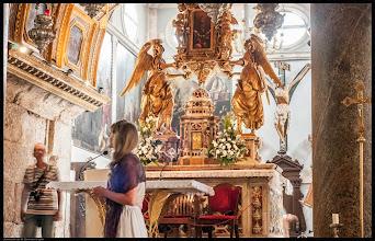 Photo: Die Kathedrale des hl. Domnius (kroat.: Katedrala Svetog Duje, Sveti Dujam oder Sveti Duje) in Split in Kroatien ist die Kathedrale des römisch-katholischen Erzbistums Split-Makarska. Sie befindet sich im Diokletianpalast auf dem Peristylplatz. Die im 4. Jahrhundert erbaute Kirche ist dem heiligen Domnius geweiht und gilt als älteste Kathedrale der Welt.