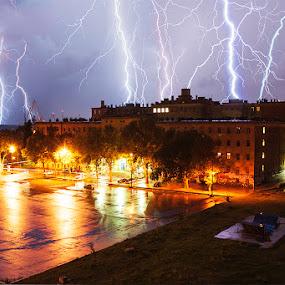 Thunderstruck by Elvis Pažin - Landscapes Weather ( thunder, lightning, thunderstorm, croatia, pula )