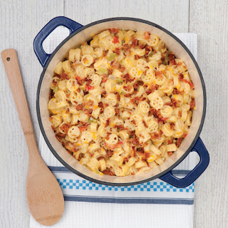Stovetop Green Chile and Bacon Macaroni and Cheese Recipe