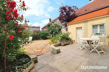 maison à Verneuil-en-Halatte (60)