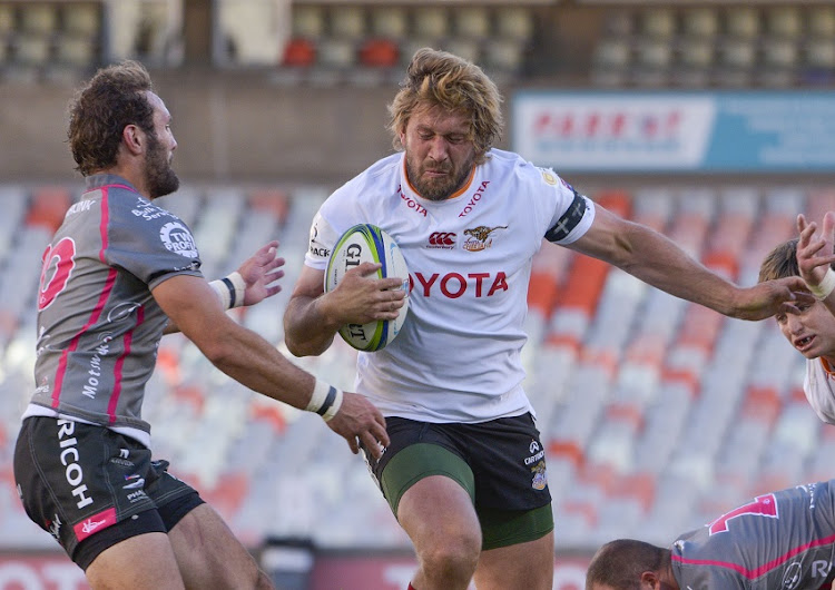 Frans Steyn of Toyota Cheetahs and Eddie Fouche of Pakisa Pumas during the Super Rugby Unlocked match between Toyota Cheetahs and Phakisa Pumas at Toyota Stadium on October 10, 2020 in Bloemfontein, South Africa.