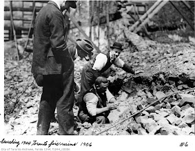 Photo: Curio seekers in fire ruins. Taken in 1906 -- many ruins remained for years after the fire