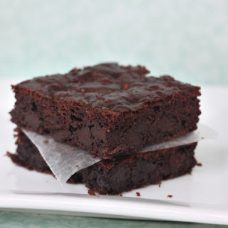 Moist & Delicious Paleo Zucchini Brownies.