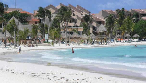 Playa Puerto Aventuras