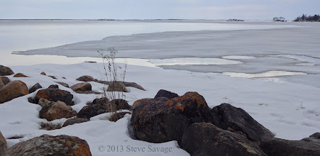 Photo: The shoreline with the ice retreating.