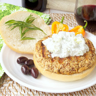 Grilled Mediterranean Salmon Burgers with Tzatziki and a Wine Pairing #SundaySupper.