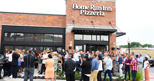 2016 - Home Run Inn Grand Opening