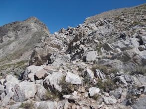 Photo: sentier cairné en descente des Llosers