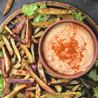 Baked Yam Fries With Spicy Hummus [Vegan, Gluten-Free].