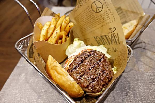 Burger Ray 久久再訪依舊好吃推薦 國父紀念館站